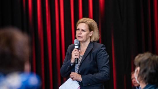 Nancy Faeser bei Veranstaltung mit sozialen Einrichtungen in Eschwege